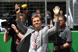 Nico Rosberg, embajador de Mercedes-Benz en la parrilla