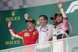 Podium : le vainqueur Lewis Hamilton, Mercedes-AMG F1, le deuxième, Kimi Raikkonen, Ferrari, le troisième, Sergio Perez, Force India