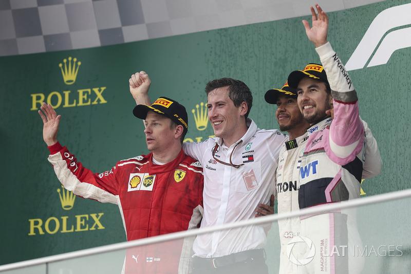 Podio: Ganador, Lewis Hamilton, Mercedes-AMG F1, segundo, Kimi Raikkonen, Ferrari, tercero, Sergio Perez, Force India