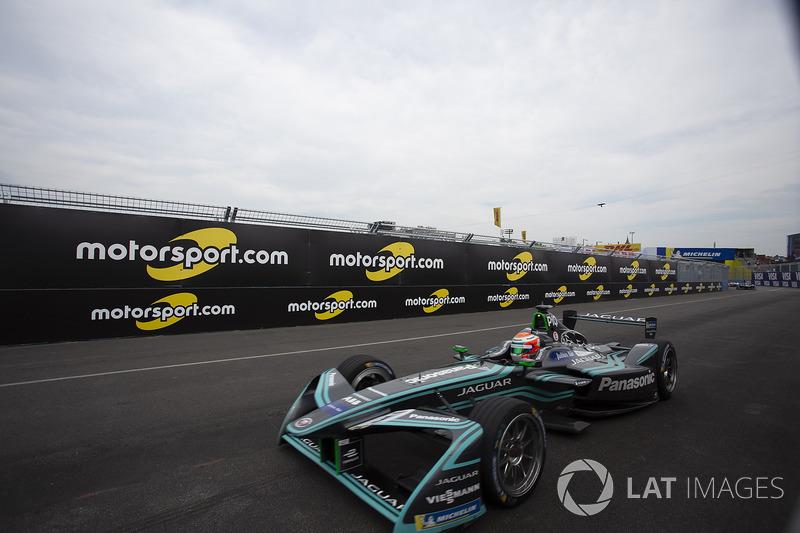 Em 2016/17, Nelsinho Piquet foi para a Jaguar