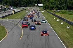 #28 RS1, Porsche Cayman GT4 MR, GS: Dillon Machavern, Spencer Pumpelly leads the field for the start of the race.