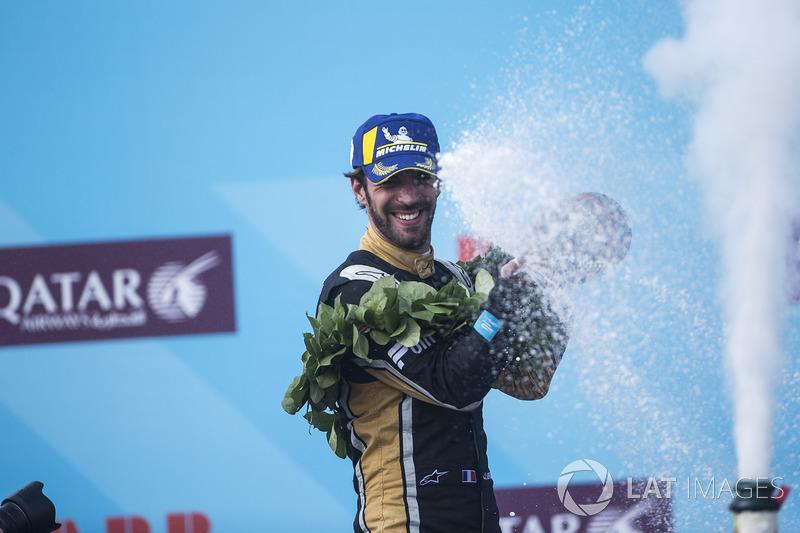 Jean-Eric Vergne, Techeetah, avec le champagne sur le podium