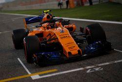 Stoffel Vandoorne, McLaren MCL33 in griglia