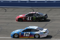 Ryan Blaney, Team Penske, Ford Fusion PPG, Kurt Busch, Stewart-Haas Racing, Ford Fusion Haas Automation/Monster Energy