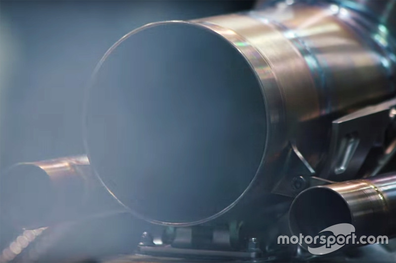 Mercedes W09 encendido de motor