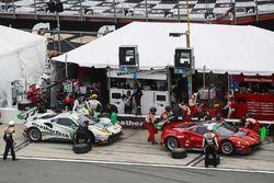 Pitstop, #63 Scuderia Corsa Ferrari 488 GT3, GTD: Cooper MacNeil, Alessandro Balzan, Gunnar Jeannett