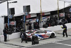 #25 BMW Team RLL BMW M8, GTLM: Bill Auberlen, Alexander Sims, Philipp Eng, Connor de Phillippi pit s