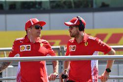 Kimi Raikkonen, Ferrari y Sebastian Vettel, Ferrari en el desfile de pilotos