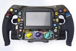 Руль Mercedes AMG F1 W09