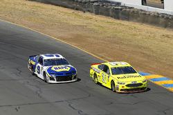 Paul Menard, Wood Brothers Racing, Ford Fusion Menards / Richmond e Chase Elliott, Hendrick Motorsports, Chevrolet Camaro NAPA Auto Parts