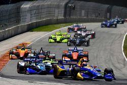 Alexander Rossi, Andretti Autosport Honda, Takuma Sato, Rahal Letterman Lanigan Racing Honda