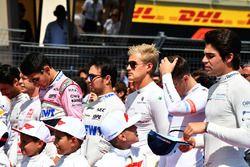 Marcus Ericsson, Sauber et Lance Stroll, Williams sur la grille