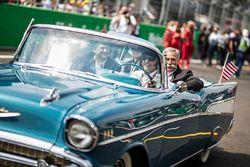 أليخاندرو سوبيرون وتشايس كاري، الرئيس التنفيذي لمجلس إدارة مجموعة الفورمولا واحد