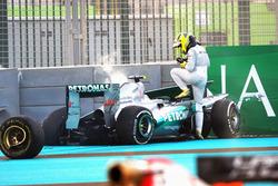 Nico Rosberg, Mercedes AMG F1 W03 choca