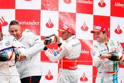 Podium: race winner Lewis Hamilton, McLaren MP4-23, second place Nick Heidfeld, BMW Sauber F1.08, th