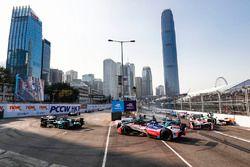 Felix Rosenqvist, Mahindra Racing pierde el control