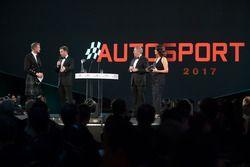 Christian Horner, Martin Brundle, Lee McKenzie ve David Coulthard sahnede