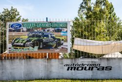 Ford fans with Motorsport.com banner