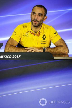 Cyril Abiteboul, directeur général de Renault Sport Racing, lors de la conférence de presse