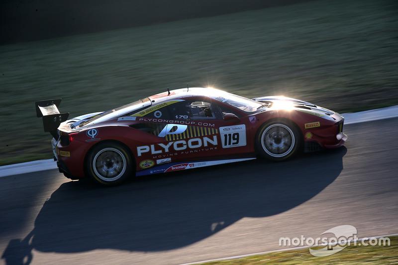 #119 Ferrari of Long Island Ferrari 488: Christopher Cagnazzi