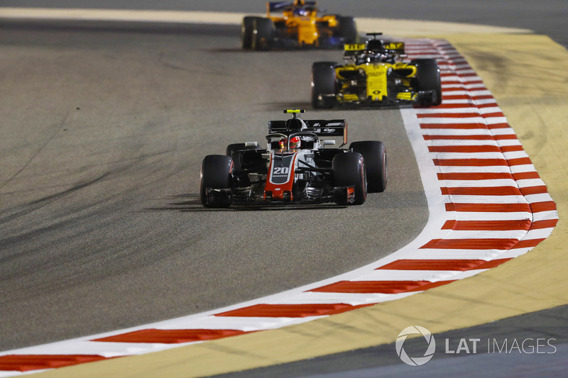 Kevin Magnussen, Haas F1 Team VF-18 Ferrari, Nico Hulkenberg, Renault Sport F1 Team R.S. 18, e Fernando Alonso, McLaren MCL33 Renault