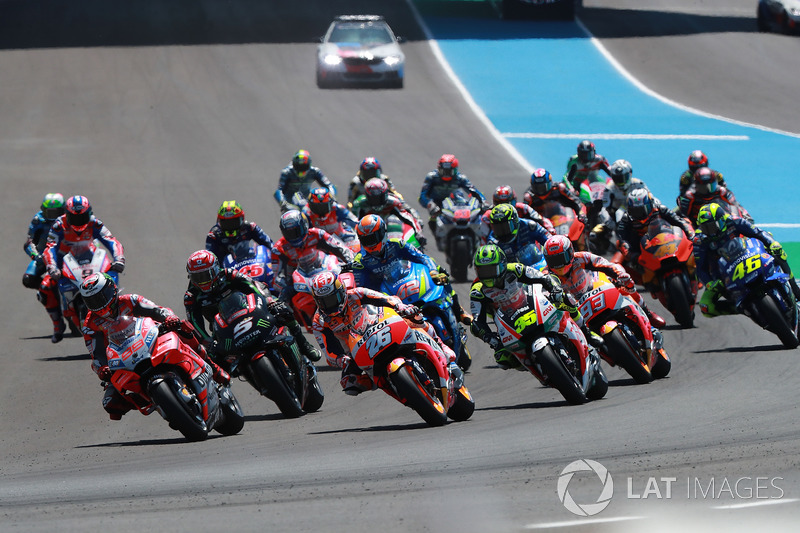 Jorge Lorenzo, Ducati Team leads start