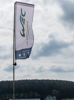 WEC bayrağı