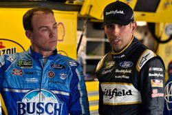 Kevin Harvick, Stewart-Haas Racing, Ford Fusion Busch Light and Aric Almirola, Stewart-Haas Racing, Ford Fusion Smithfield