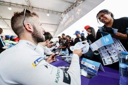 Sam Bird, DS Virgin Racing, at the autograph session