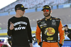 Martin Truex Jr., Furniture Row Racing, Toyota Camry, mit Cole Pearn