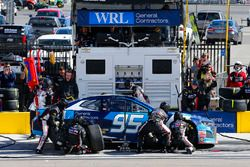 Kasey Kahne, Leavine Family Racing, Chevrolet Camaro Procore pit stop