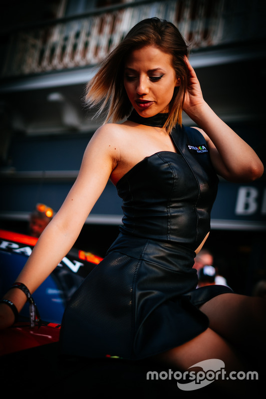 Chica Strakka