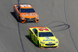 Paul Menard, Wood Brothers Racing, Ford Fusion Menards / Dutch Boy, Daniel Suarez, Joe Gibbs Racing,