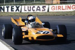 Derek Bell, McLaren M9A