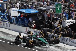 Jay Howard, Schmidt Peterson Motorsports / AFS Racing Honda, pitstop