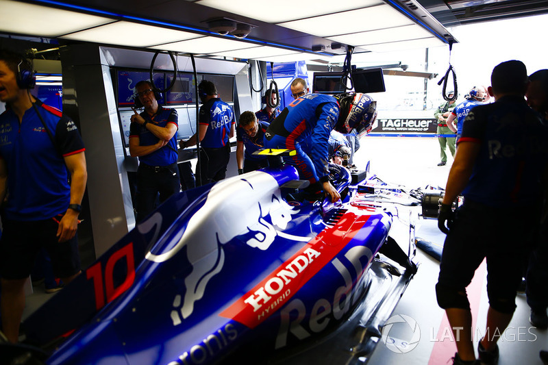 Pierre Gasly, Toro Rosso, masuk kokpit STR13
