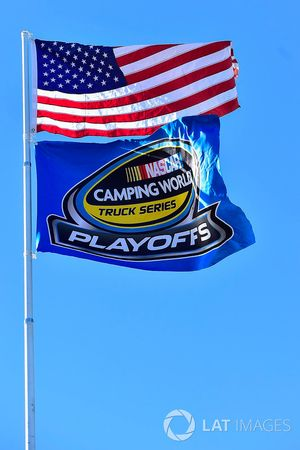 Flaggen: USA und NASCAR Truck-Playoffs