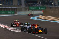 Max Verstappen, Red Bull Racing RB12, leads Nico Rosberg, Mercedes F1 W07 Hybrid, Kimi Raikkonen, Fe