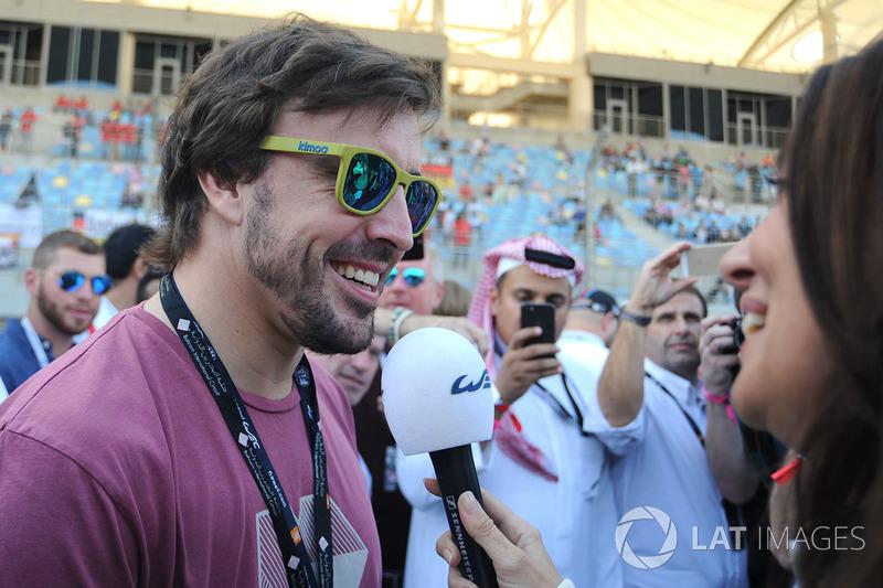 Fernando Alonso con Louise Beckett