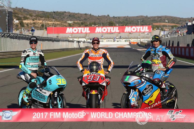 Los campeones de las tres categorías: Moto3 campeón Joan Mir, Leopard Racing MotoGP campeón Marc Márquez, Repsol Honda Team, Moto2 Campeón, Franco Morbidelli, Marc VDS