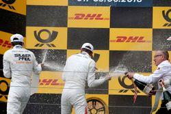 Podio: Lucas Auer, Mercedes-AMG Team HWA, Paul Di Resta, Mercedes-AMG Team HWA