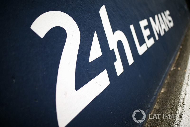 The Le Mans pit lane