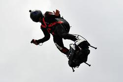 Un hoverboard jetpack