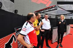 Frederic Vasseur, Sauber, Takım Patronu, Cyril Abiteboul, Renault Sport F1 Direktörü ve Eric Boullier, McLaren Yarış Direktörü