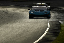 #27 Dream Racing Motorsport Lamborghini Huracan GT3