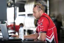 Nissan Motorsport takım elemanları