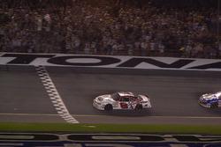 Sieg für Dale Earnhardt Jr.