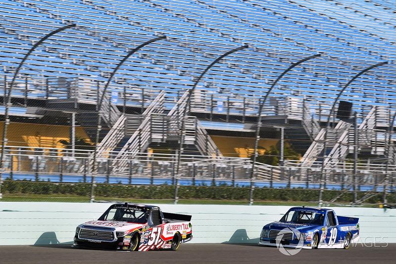 Myatt Snider, Kyle Busch Motorsports Toyota and Austin Cindric, Brad Keselowski Racing Ford