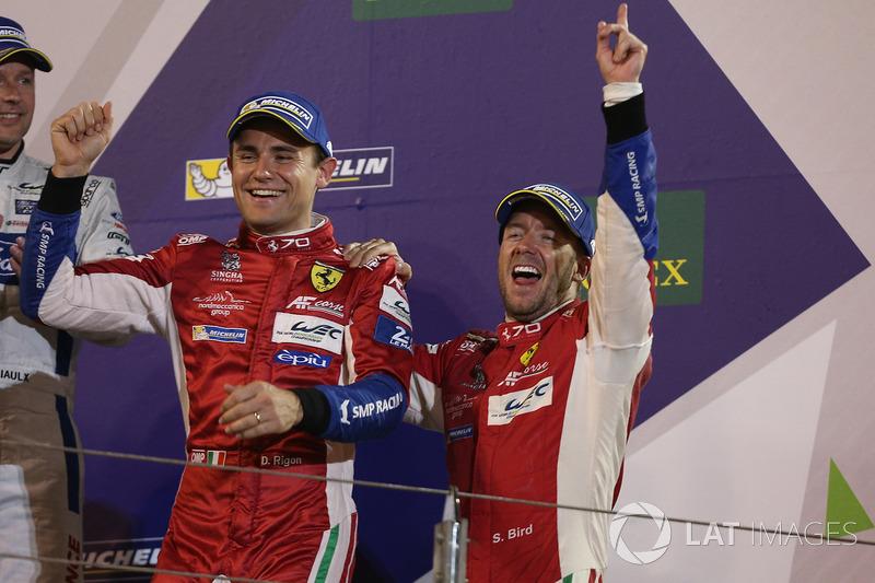 Podio LMGTE Pro: ganadores Davide Rigon, Sam Bird, AF Corse
