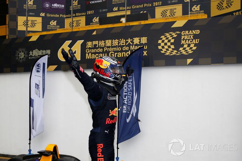El ganador Dan Ticktum, Motopark with VEB, Dallara Volkswagen